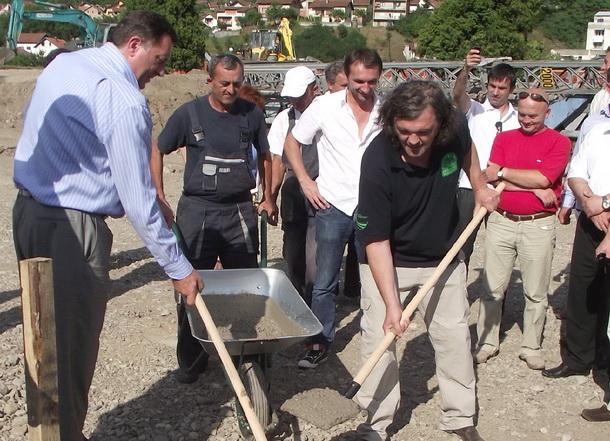 3-Predsjednik-RS-Milorad-Dodik-i-Emir-Kusturica-temelji