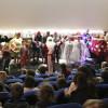 """ANDRIĆGRAD: Održana predstava za djecu """"U gostima kod bakice"""" i podijeljeno 150 paketića za najmlađe Višegrađane"""