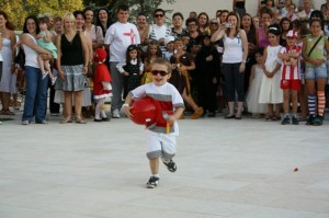 Maskenbal u Andricgradu (2)
