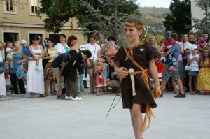 Maskenbal u Andricgradu (5)