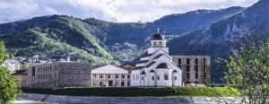 andricgrad-crkva-spolja