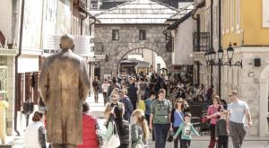 Turisti-u-Andricgradu